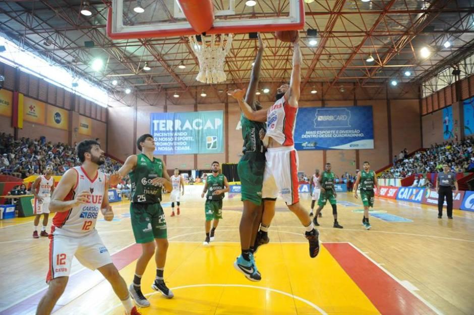 Bauru Basket perde em partida polêmica contra o Brasília
