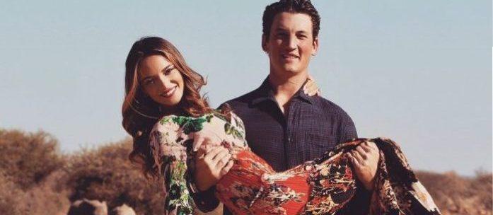 Miles Teller surpreende sua namorada com pedido de casamento em Safári
