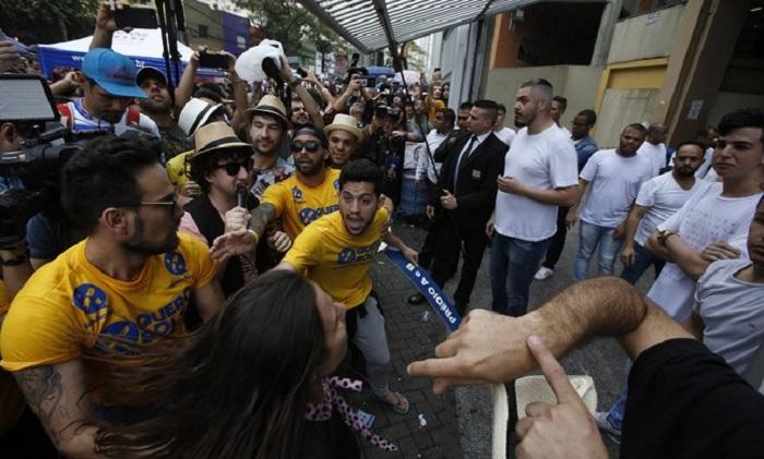 """""""Atrasados do Enem"""": ação ajuda candidatos a não virar meme"""