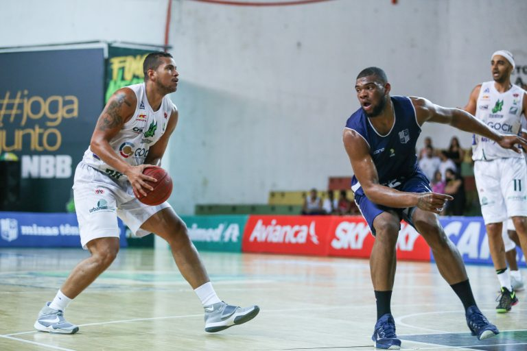 Fora de casa, Bauru Basket vence o Minas no NBB