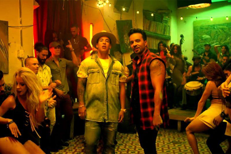 """""""Despacito"""" é o primeiro clipe da história a atingir 5 bilhões de visualizações"""