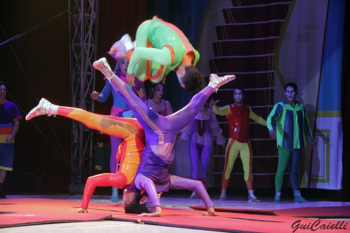 """""""Circo Dos Sonhos"""" se apresenta em Bauru"""