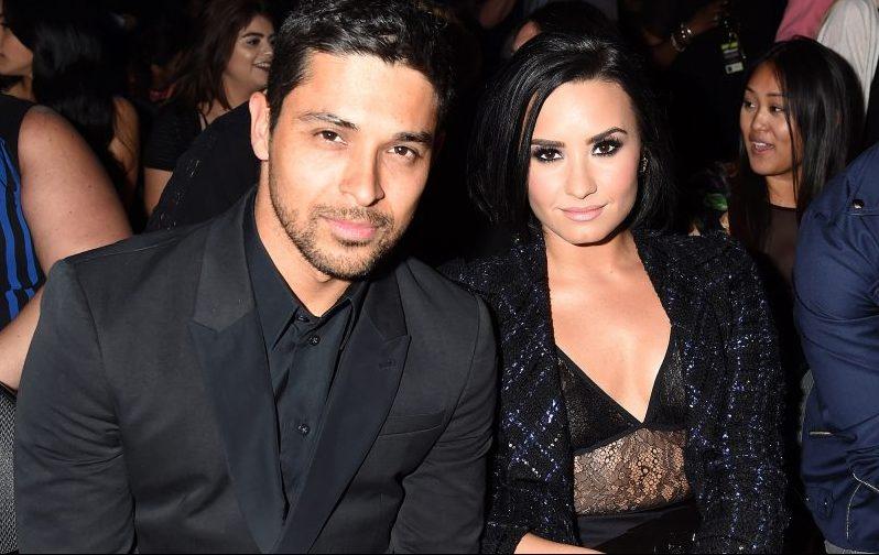 """Wilmer Valderrama ficou """"em choque"""" ao saber de overdose de Demi Lovato"""