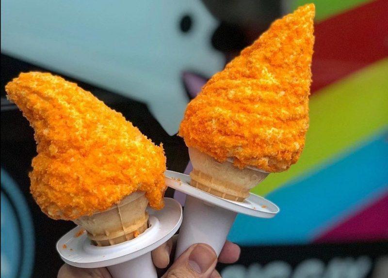 Você gostaria de experimentar um sorvete de cheetos?