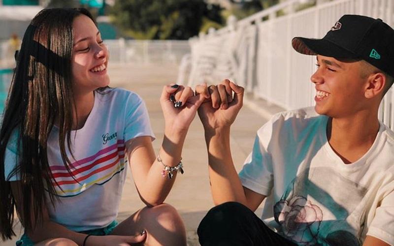 Youtubers Julia Franco e Pepe estarão em Bauru