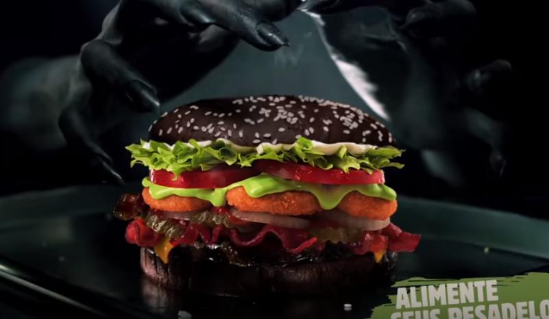 Burger King lança sanduíche especial de Halloween