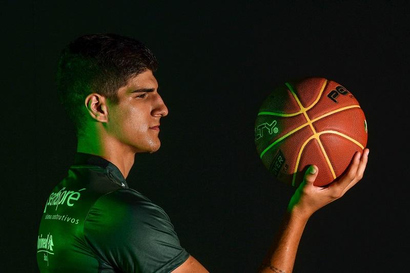 Gabriel Jaú, do Bauru Basket, sofre nova lesão